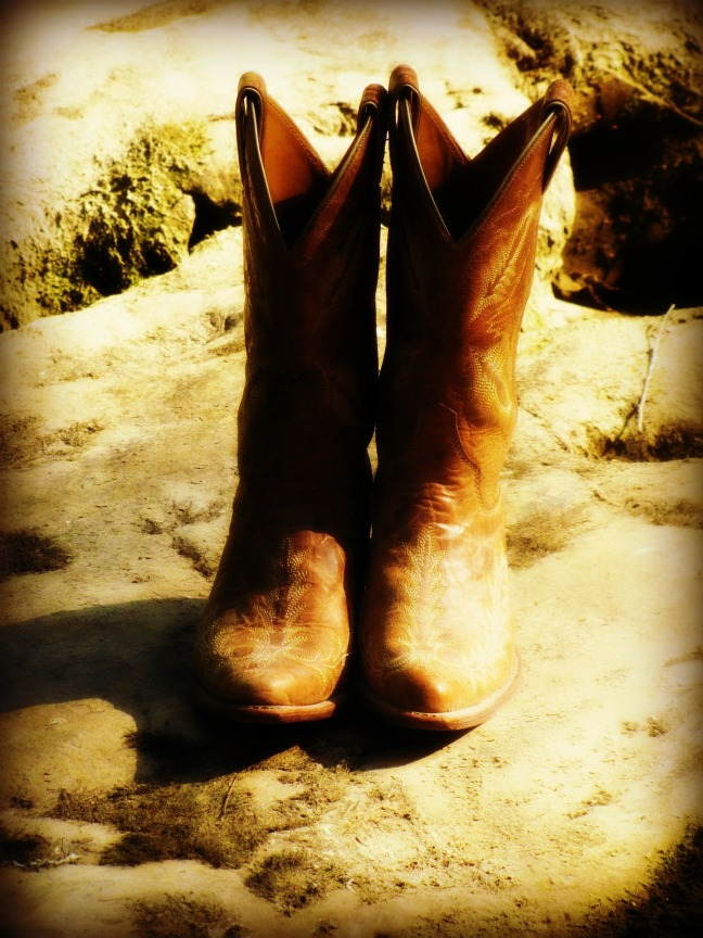 boots-49404_1920